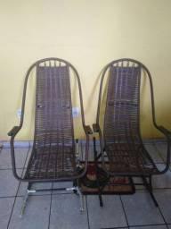 Vendo cadeiras de embalo zeradinhas