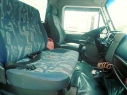 Caminhão Volks 8120 - 2006 zerado - 2006