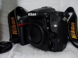 Camera Nikon D7000, DSLR