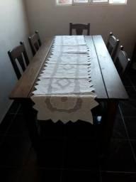 Mesa de jantar com 5 cadeiras
