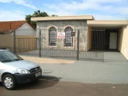 Casa para alugar com 3 dormitórios em Sorocabano, Jaboticabal cod:L2527