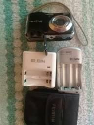 Vendo câmera FujiFilm digital