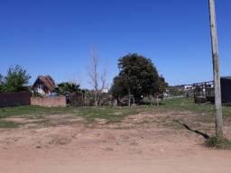 Terreno plano no Bairro Bruno a 4 quadras da Avenida Espanha