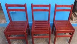 3 Cadeiras Madeira