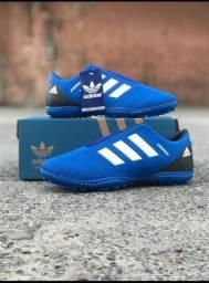 Chuteira Adidas Azul