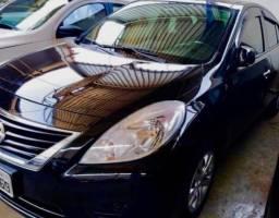 Nissan Versa SV 1.6 Preto 2014