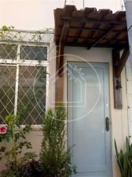 Casa à venda com 2 dormitórios em Vila isabel, Rio de janeiro cod:867219