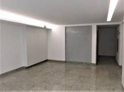 Apartamento com 3 quartos, 2 vagas, elevador e ótima localização – Venda – Bairr