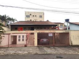 Casa com 4 quartos - Bairro Jardim Alvorada em Londrina