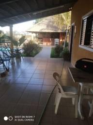 Loca-se casa com 4/4, quiosque, piscina aquecida, wi fi,  a beira do lago de Corumbá IV.