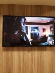 Televisão Samsung 35 polegadas, não é smart!