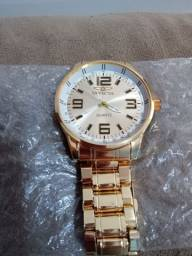 Relógio feminino da marca QUARTZ