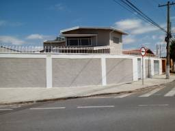 Aluga-se ótima casa Lagoa do Taquaral Comercial ou Residencial