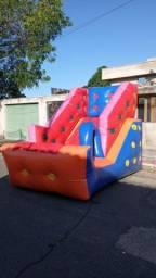 Aluguel Tobogã pequeno inflável para aniversário e diversão dos pequeninos