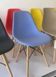 Cadeira, Eiffel, Eames e Charles