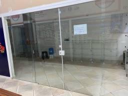 Título do anúncio: Alugo lojas em Galeria