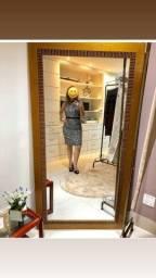 Título do anúncio: 2 Cabideiros resistentes e regulável + espelho alto e largo. Conjunto luxo R$ 900,00