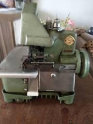 Título do anúncio: Máquina de costura overloque