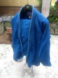 Quimono trançado azul usado
