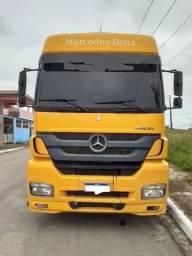 Caminhão Mercedes-Benz Mn axor