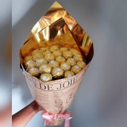 Buquê de Ferrero Rocher