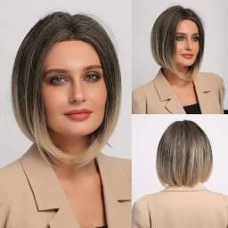 Título do anúncio: wig loira curta