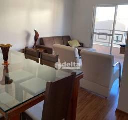 Apartamento com 3 dormitórios à venda, 85 m² por R$ 285.000 - Jardim Finotti - Uberlândia/