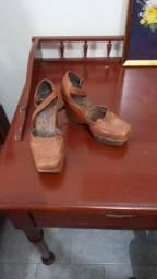 Sapato de salto grosso marron nº 36