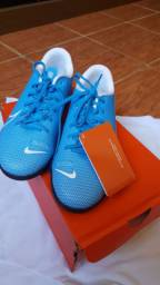 Vendo chuteira nunca usada da Nike
