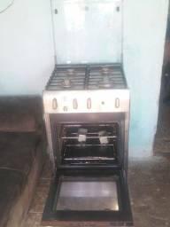 Fugão to bom empefeito estado eléctrico pra vende pegamdo todas as boca forno bom