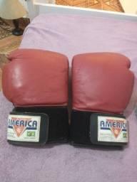 Luva de boxe oficial da América