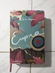 """Livro """"Emma"""""""