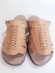 Sandália de couro legítimo!!!
