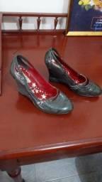 Sapato anabela cinza nº36