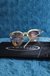 18 Óculos de Sol, Triton.