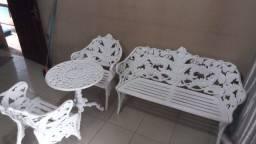 Título do anúncio: Jogo de mesa e cadeiras de ferro