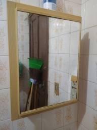Armário com espelho para banheiro r$ 30
