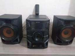 Rádio da  Sony ,com entrada usb, pendrive, cd .