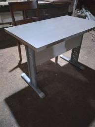 Mesa escrivania 105 metros por 55cm