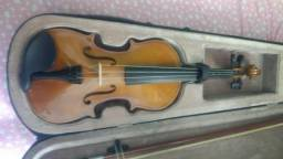 Vendo violino por 200 reais