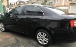 VW- Jetta Black edition 2.5 - 2010
