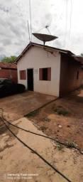 Vendo casa no Residencial Sítio Farias em Rondonópolis