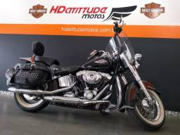 Harley Davidson Heritage Softail Classic comprar usado  Porto Alegre
