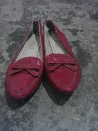 Vendo sapatilha rosa seme Nova número da sapatilha 35e 36 o menor presso é 20