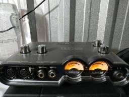 Interface de áudio USB LINE 6 ux2