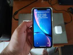 Vendo iPhone XR 64 gb e AirPods