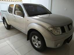 Nissan Frontier 2.5 / 2013 bem conservada - 2012