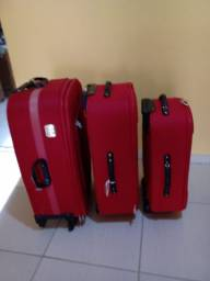 Vendo três malas de viagem