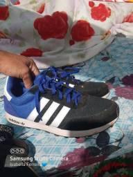 Sapatos n42.43