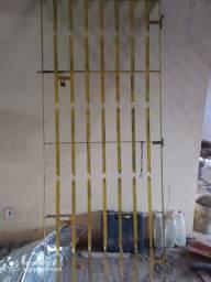 Porta e grades basculante